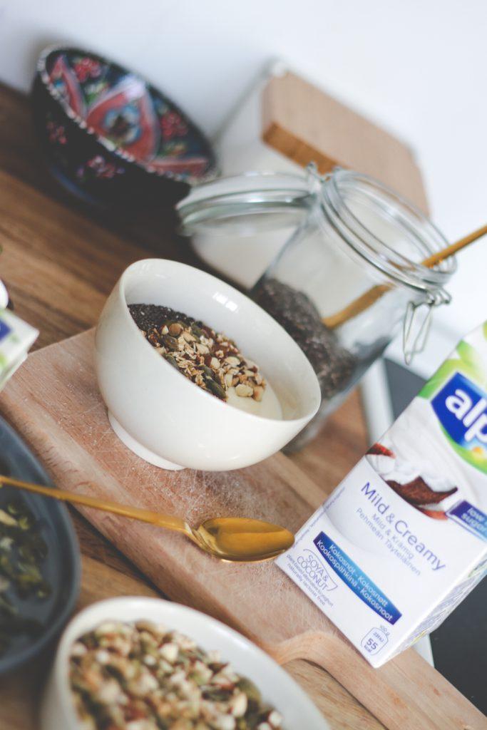 blogger-fra-odense-jeanette-hardis-lets-blog-some-shit-odensebloggers-god-morgen-alpro-produkter-morgenmad-yoghurt-laktosefri-10