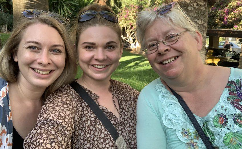 Jeanette Hardis på ferie mor søster spanien